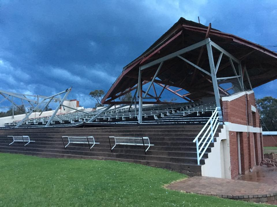 Front view of the Parkes racetrack grandstand via Rodney Ross