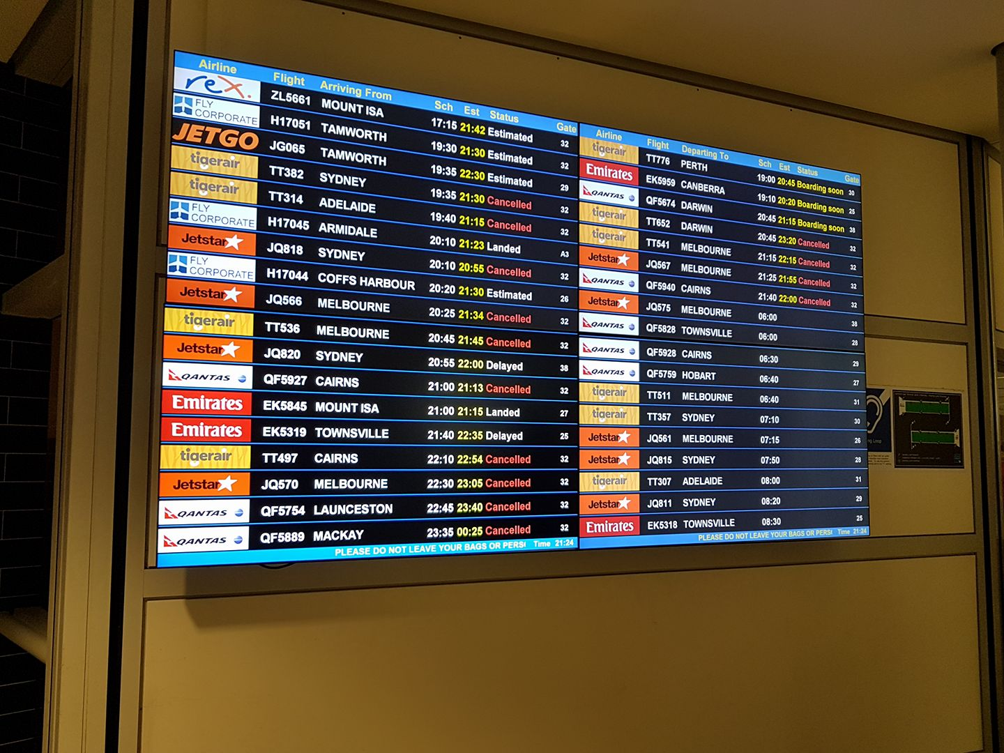 Brisbane flight delays last night via Jessica Urquhart
