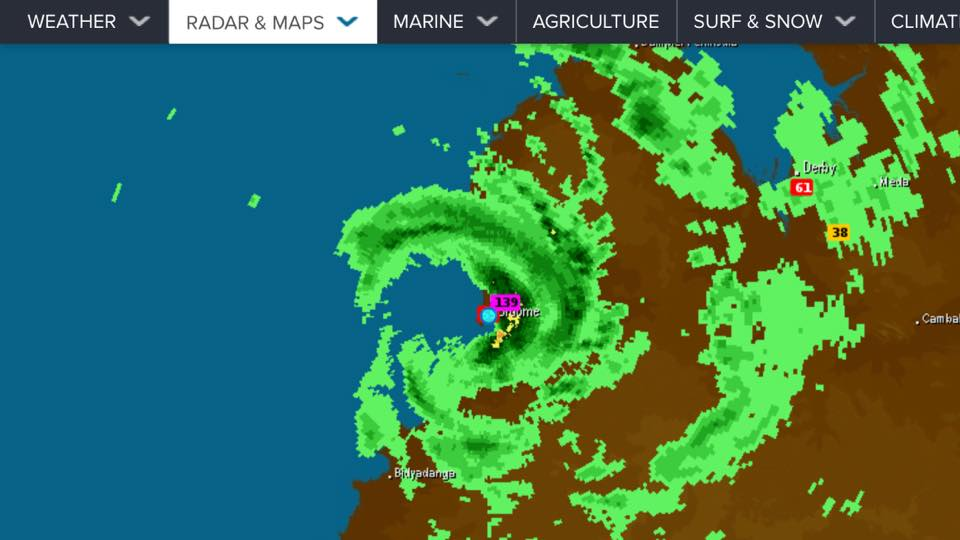 Cyclone Hilda making its first landfall over Broome. Radar supplied by Weatherzone