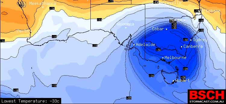 Temperatures at 17,000ft over Southern Australia on Friday morning showing the cut off Super Low over SE AUS. Image via BSCH